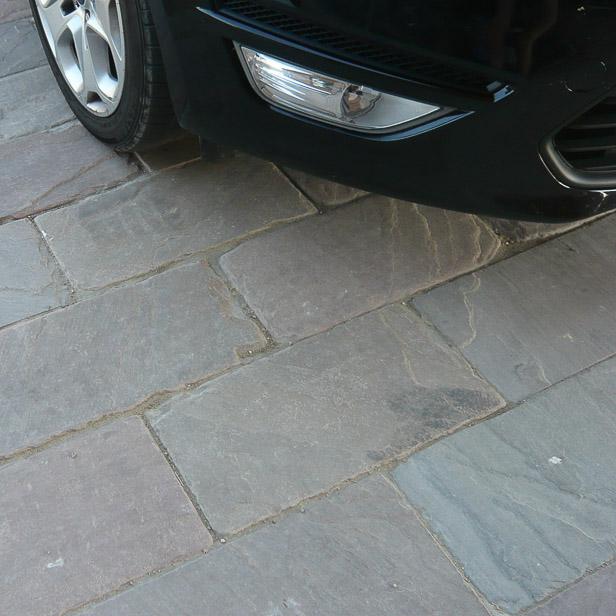 Sandstens fliser i indkørsel
