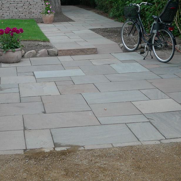chelsea mønster på lille plads sandstone mahogni